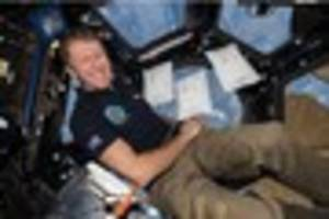 wiltshire astronaut major tim peake gets early easter treat in...