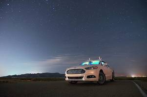 watch: ford test their self-driving car in darkness