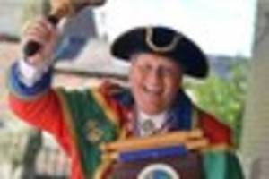 biddulph town crier will honor queen's 90th birthday with...