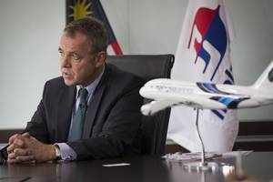 malaysia airlines boss resigns