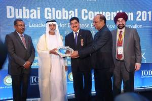 uae exchange india bags golden peacock business excellence award 2016