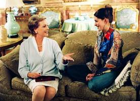 director confirms meetings with anne hathaway and julie andrews for 'princess diaries 3'