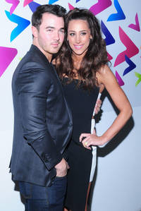 Kevin And Danielle Jonas Expecting Baby Number Two — See Their Adorable Pregnancy Announcement