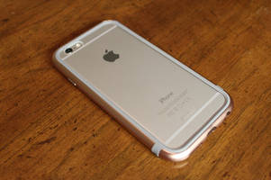 Give your iPhone 6 or 6S military-grade drop protection with this metal bumper case