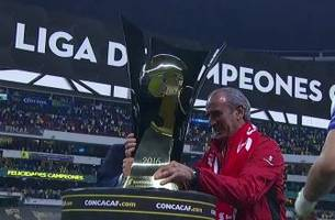 club america celebrates winning the 2015-16 concacaf champions league
