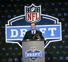 Live updates: NFL draft second day, Friday