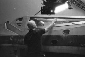 Itching for a look at Star Wars: Episode VIII? Director Rian Johnson delivers again