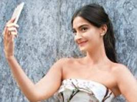 Sonam Kapoor does a Kim Kardashian by launching her own App