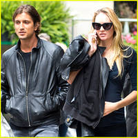 pregnant candice swanepoel shows off her tiny baby bump