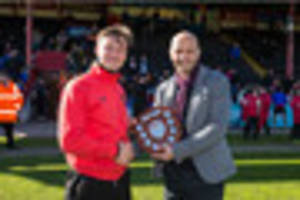 holmes proud to pick up player-of-the-season award and delighted...
