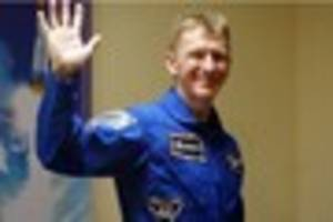 astronaut tim peake to stay in space longer