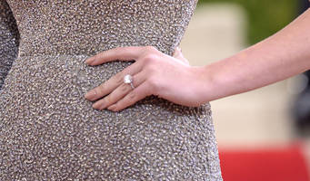 Kate Upton, Justin Verlander engaged -- and look at the ring!