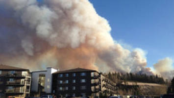 More firefighters, planes sent to help battle Fort McMurray wildfire