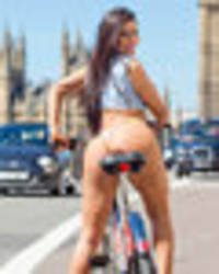 Brazilian booty breaks Britain: Nearly nude Miss Bum Bum hits London