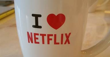 Netflix now lets you control exactly how much data it eats up on iOS and Android