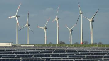 Renewable Energy Works So Well In Germany, Customers Are Getting Paid