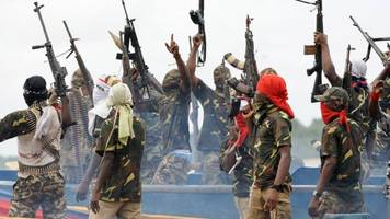meet the niger delta avengers - they holds the price of oil in their hands