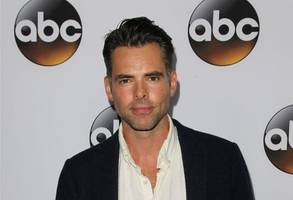 'The Young And The Restless' Spoilers: Billy And Phyllis Reconnect, Victor Kisses Meredith, And Hilary's Antics Spark More Drama