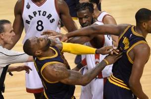 Watch LeBron's Oscar-worthy flop when his own teammate hits him