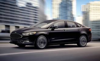 2017 Ford Fusion Energi Plug-in Hybrid First Drive: Refreshed Inside and Out, But No More Energetic