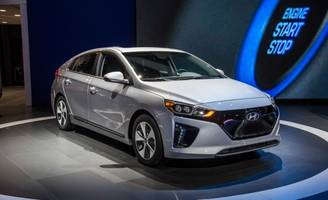 hyundai's 250-mile ev arrives by 2020, will be bigger than the ioniq