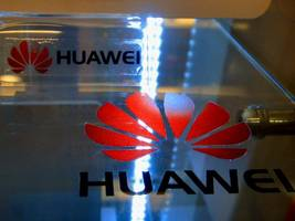 Huawei sues Samsung over cellphone patents