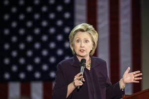 Clinton faulted on emails by State Department audit