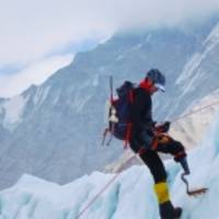 American Paralympian Reaches Summit of Mount Everest