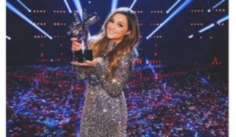 """The Voice"" 2016 Winner Alisan Porter: 5 Facts to Know about Her"
