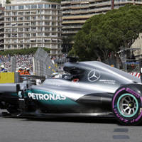 Hamilton fastest in eventful first Monaco GP practice