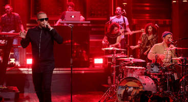 """t.i. performs with anderson .paak on """"fallon"""": watch"""