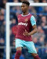 man united target reece oxford wants to stay and fight for his place at west ham