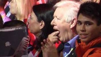 bob rae gags at justin trudeau's praise for stephen harper