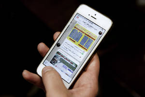 Iran orders messaging app makers to store data inside the country