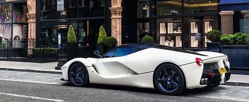 White LaFerrari Gets Matching Blue Wheels and Window Tint, Boredom Defeated