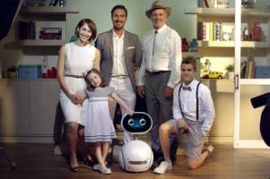 Asus wheels out Zenbo, a cute home robot that seems too good to be true