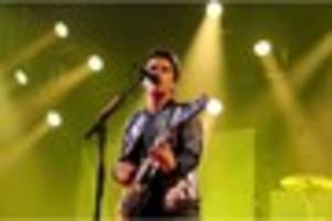 review: 'superb' stereophonics keep the village alive tour at the...