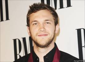 phillip phillips sued by 'american idol' producer for millions