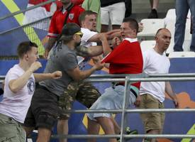 Euro 2016 violence: England and Russia face expulsion?
