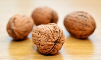 eating nuts daily can reduce prostate cancer death risk, study finds