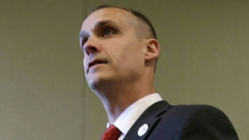 trump ousts campaign manager