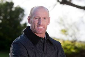 rugby star gareth thomas votes for the first time ever in euro referendum