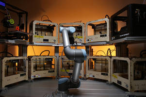 Robots controlling other robots? Watch this robo-arm control 10 3D printers at once