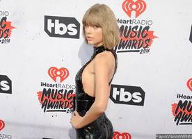taylor swift sparks boob job rumor after spotted with fuller breasts at selena gomez's concert