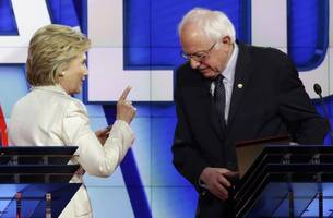 sanders says he will vote for clinton in november