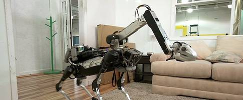 New Boston Dynamics Robot Is a Dog That Can Fetch Beer, Still Looks Creepy