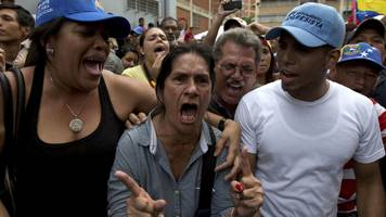 venezuela opposition says petition to oust maduro is validated