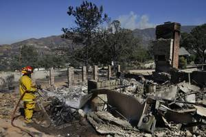 Officials: 150 Homes Burned in Deadly California Wildfire