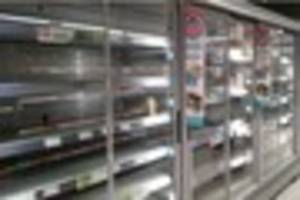 Bargain-hunters clear out closing-down Plymouth supermarket in...