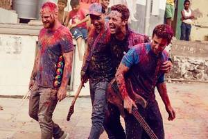coldplay pay tribute to viola beach